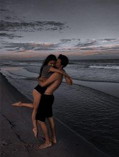 Cute Couples Photos, Cute Couple Pictures, Cute Couples Goals, Couple Photos, Couple Goals Relationships, Couple Relationship, Cute Relationship Goals, Couple Aesthetic, Aesthetic Pictures