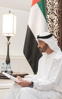 Handsome Arab Men, Uae National Day, Prince Mohammed, Arab World, Sheikh Mohammed, Arabian Beauty, Khalid, Photo Quotes, United Arab Emirates