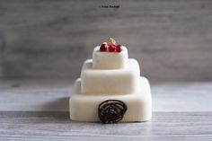White chocolate minicake