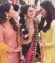 Bollywood actress alia bhatt in her bff marriage haldi ceremony, bride hairstyles, alia bhatt Alia Bhatt Hairstyles, Indian Hairstyles, Bride Hairstyles, Indian Bridal Outfits, Indian Dresses, Bridal Dresses, Indian Wedding Photography Poses, Haldi Ceremony, Girl Photo Poses