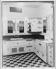 1920 kitchens | 1920s/1930s kitchen from Library of Congress | Flickr - Photo Sharing!