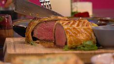 Beef Wellington Beef Wellington, Pavlova, Steak, Pork, Drinks, Kale Stir Fry, Drinking, Beverages, Steaks