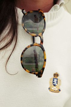 sunnies + sweater