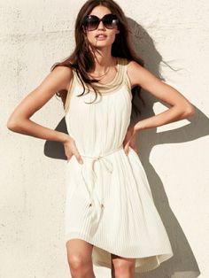 summer dress + big sunglasses