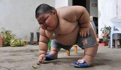 Lu Hao : niño super obeso   .