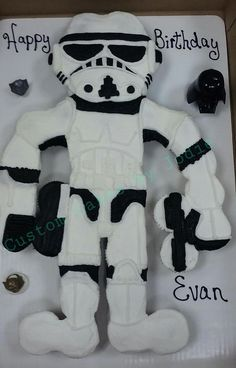 Star Wars Storm Trooper Cupcake Cake