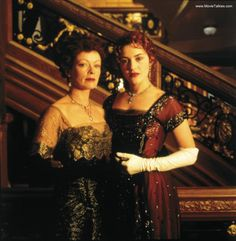 View Frances Fisher and Kate Winslet On Location Of 'Titanic'; Also check out other production stills of Titanic at Movie Talkies Titanic Ship, Titanic Movie, Rms Titanic, Titanic Kate Winslet, Titanic Behind The Scenes, Black Dinner Dress, Titanic Photos, Frances Fisher, Leo And Kate