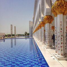 Sheikh Zayed Mosque, Abu Dhabi, UAE مسجد الشيخ زايد، أبوظبي، الإمارات