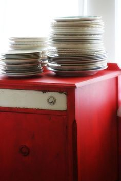 Red and white buffet Distressed Furniture, Hand Painted Furniture, Colorful Furniture, White Furniture, Bungalow Decor, Red Chicken, Yellow Cottage, Red Kitchen, Kitchen Colors