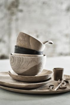 + Bowls, Plates & Spoons ...