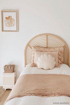 Warm Bedroom, Home Bedroom, Girls Bedroom, Bedroom Decor, Girl Toddler Bedroom, Clean Bedroom, Toddler Rooms, Infant Room, Girl Room