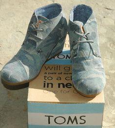 TOMS Women's Desert Wedge Washed Camo Canvas Sz 6.5 $84.95-NIB #TOMS #Wedge