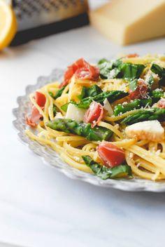 Lemon Asparagus Prosciutto Pasta