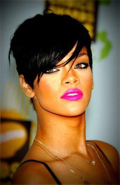 Hot Pink Lips + Black Eyeliner