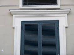 Risultati immagini per cornici finestre esterne