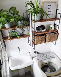 Home Room Design, Laundry Room Design, House Design, Laundry Room Inspiration, Interior Inspiration, Home Decor Bedroom, Diy Room Decor, Small Patio Design, Vintage Laundry