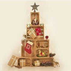 Caixotes de feira viram... uma árvore de Natal! A ideia super atual e fácil de…