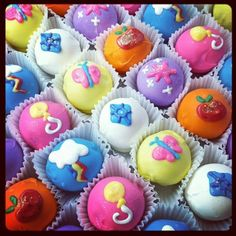 Lil Pony Cakes for My Little Pony Project 2012 at Toy Art Gallery #mylittlepony #MLP #sweetstreets #lilraecakes #cakeballs #cutiemarks http://www.facebook.com/LilRaeCakes