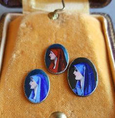 Vintage French Hand Painted Set of Saint Fabiola Cameos Mother of Pearl Religious France Religious Art Deco Gift Catholic by PinyolBoiVintage on Etsy