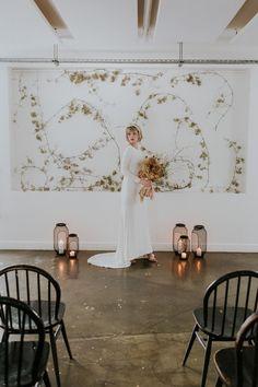 Minimalist Modern Pared-Back Wedding Editorial for the Stylish Bride Floral Wedding, Wedding Flowers, Wedding Dress, Best Wedding Blogs, Short Bridal Hair, White Flower Arrangements, Minimal Wedding, Layout, Floral Wall
