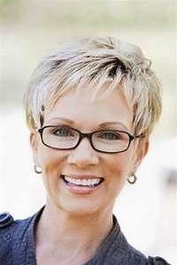 19+ Coiffure courte femme 60 ans lunettes le dernier