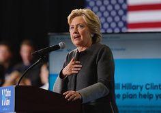 Miami (EE.UU.), 30 sep (EFE).- La candidata demócrata a la Casa Blanca, Hillary Clinton, hizo hoy en Florida una encendida defensa de los valores de generosidad y servicio que definen la identidad de Estados Unidos, que a su juicio es una nación de ideales antes que una potencia militar o económica.