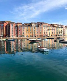 Loews Portofino Bay: A Complete Guide Universal's Romantic Italian Resort - Everyday Magic With Jubilee Beautiful Places To Travel, Best Places To Travel, Universal Orlando, Universal Studios, Surprises For Husband, Travel Inspiration, Around The Worlds, Europe, Tours