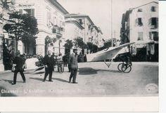 """Chiavari: l'aviatore Romolo Manissero e il suo monoplano di costruzione artigianale """"posteggiato"""" in piazza Roma. (Photo: Civicchioni, 1913) #Chiavari #Riviera #Liguria"""