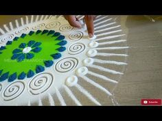 Rangoli is an art form, originating in the Indian subcontinent, in which patterns are created on the floor in living rooms or courtyards using materials such. Rangoli Designs Flower, Colorful Rangoli Designs, Rangoli Ideas, Rangoli Designs Diwali, Diwali Rangoli, Flower Rangoli, Beautiful Rangoli Designs, Kolam Designs, Easy Rangoli