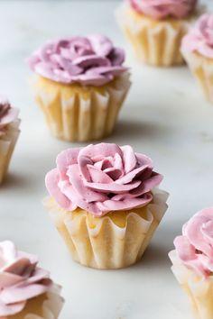 White Chocolate Rose Cupcakes