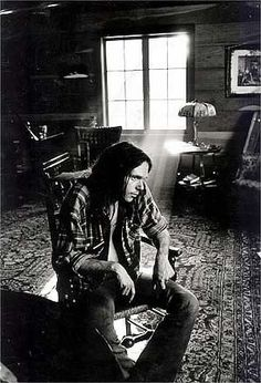 NEIL YOUNG    www.imunsigned.com