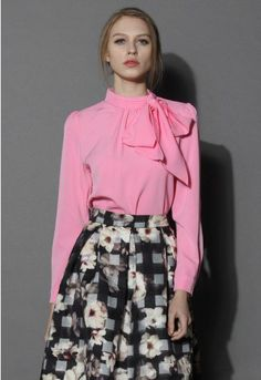 With self-tie bow on one side of the tunnel neckline, this loving piece comes in romantic candy pink and pure white color. Pick the one that suits you most, pair it with a floral midi skirt to accentuate an elegant silhouette.  - Self-tie bowknot on neckline - Relaxed fit - Zip closure on back - Buttoned cuffs and neckline - 100% Polyester - Machine washable  Size(cm) Length Bust Shoulder Sleeves S/M      57    94     37     60 L/XL        58    98 ...