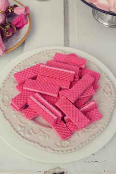 pink vanilla wafers! (Strawberry wafers?) {Dana Laymon Photography}