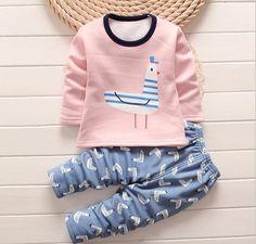0e62bfb7f188f 11 meilleures images du tableau Pyjama Bébé Fille
