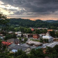 Downtown Bryson City by Aaron Morgan Photography. Romantic Asheville, Bryson City Nc, Visit Nc, Small Town America, Mountain Vacations, Our Town, Great Smoky Mountains, North Carolina, National Parks