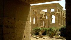Tempio di File, Viaggi in Egitto http://www.italiano.maydoumtravel.com/Pacchetti-viaggi-in-Egitto/4/0/
