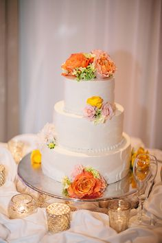 Something like one of the flower bunches at the bottom of this cake only (we won't have cakes with tiers)