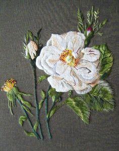 Embroidery by Catherine Laurencon -Peinture à l'aiguille réalisée par Dominique
