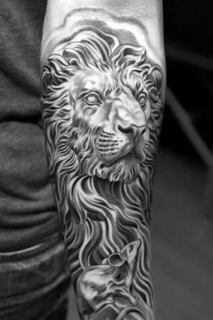 There are many types of lion tattoos that can be inked on your body. Below, we are going to mention black and white lion tattoo designs and ideas. Lion Head Tattoos, Mens Lion Tattoo, Mouse Tattoos, Leo Tattoos, Animal Tattoos, Male Tattoo, Lion Chest Tattoo, Unalome, Leo Tattoo Designs