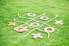 Wedding lawn games (Photo by Helena Dolby Photography)