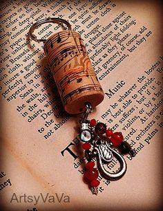 Artsy VaVa: Wine Cork Keychains  (Make as Christmas ornaments for WINO friends)