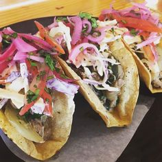 Boca is a great stop after leaving the market. Today they have PORK CHILE VERDE TACOS! Come and get 3 for $9.50 #porkchileverde #tacos #happysaturday #denton #dentoning #UNT #TWU #foodporn #chefslife #wedentondoit #dentoneats #dentonproud #boca31 #latinflavors #visitdenton #welovedenton #eatlocal #eatfresh #supportlocalbusiness