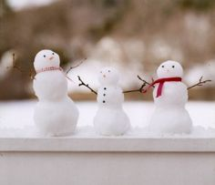 I am going to do this when it snows...put little snow men on my window sill to enjoy. I am smiling already.