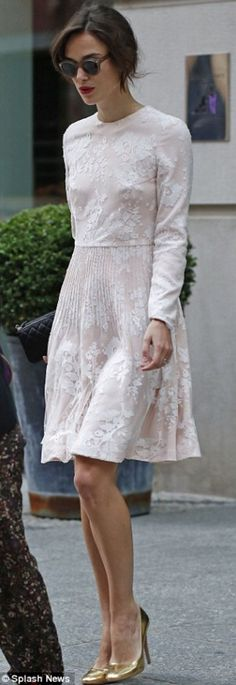 Keira Knightley steps out in a chic bridal-inspired dress - Chanel Dresses - Trending Chanel Dress for sales - Keira Knightley steps out in a bridal-inspired dress on her way to The Today Show Estilo Keira Knightley, Keira Knightley Style, Keira Christina Knightley, Keira Knightley Chanel, Keira Knightley Wedding Dress, Mode Chic, Mode Style, Estilo Lady Like, Elegant Dresses
