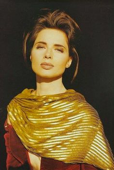 PORTRAIT OF A WOMAN: ISABELLA ROSSELLINI - CASHMERE LOVER