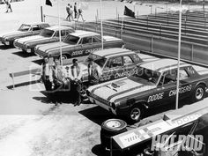 Click this image to show the full-size version. Cool Car Pictures, Car Photos, Nhra Drag Racing, Mercury Cars, Old Race Cars, Drag Cars, Racing Team, Barn Finds