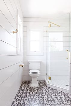 Come join us for a look at modern farmhouse bathroom shiplap ideas. These ideas are sure to inspire you to use shiplap in your bath. It doesn't matter if you need a rustic or a glam look, because shiplap does it all! Shiplap Bathroom Wall, Small Bathroom Tiles, Boho Bathroom, Master Bathroom, Bathroom Ideas, White Bathrooms, Bathroom Canvas, Bathroom Remodeling, Bathroom Laundry