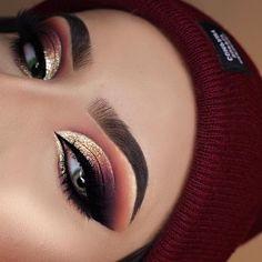 140 fancy makeup tips ideas to look cute any event – page 14 Eye Makeup Blue, Eye Makeup Glitter, Makeup Eye Looks, Eye Makeup Art, Smokey Eye Makeup, Cute Makeup, Gorgeous Makeup, Pretty Makeup, Eyeshadow Makeup