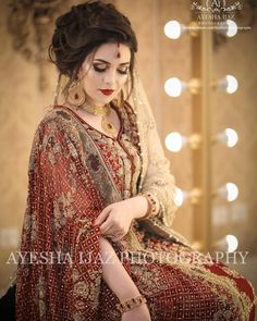 Beautiful shot of our Gorgeous Bride captured by by ❤👰🏻 Latest Bridal Dresses, Bridal Mehndi Dresses, Pakistani Wedding Outfits, Bridal Dress Design, Pakistani Wedding Dresses, Bridal Outfits, Bridal Style, Pakistani Wedding Hairstyles, Fall Outfits