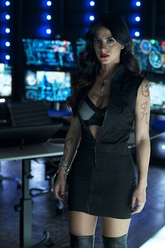 'Shadowhunters' 1×06 Promotional Photos and Synopsis: 'Of Men and Angels' – TMI Source